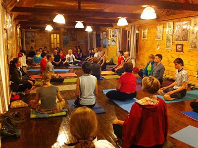 http://hatha-yoga.com.ua/upload/Karpaty_007.jpg